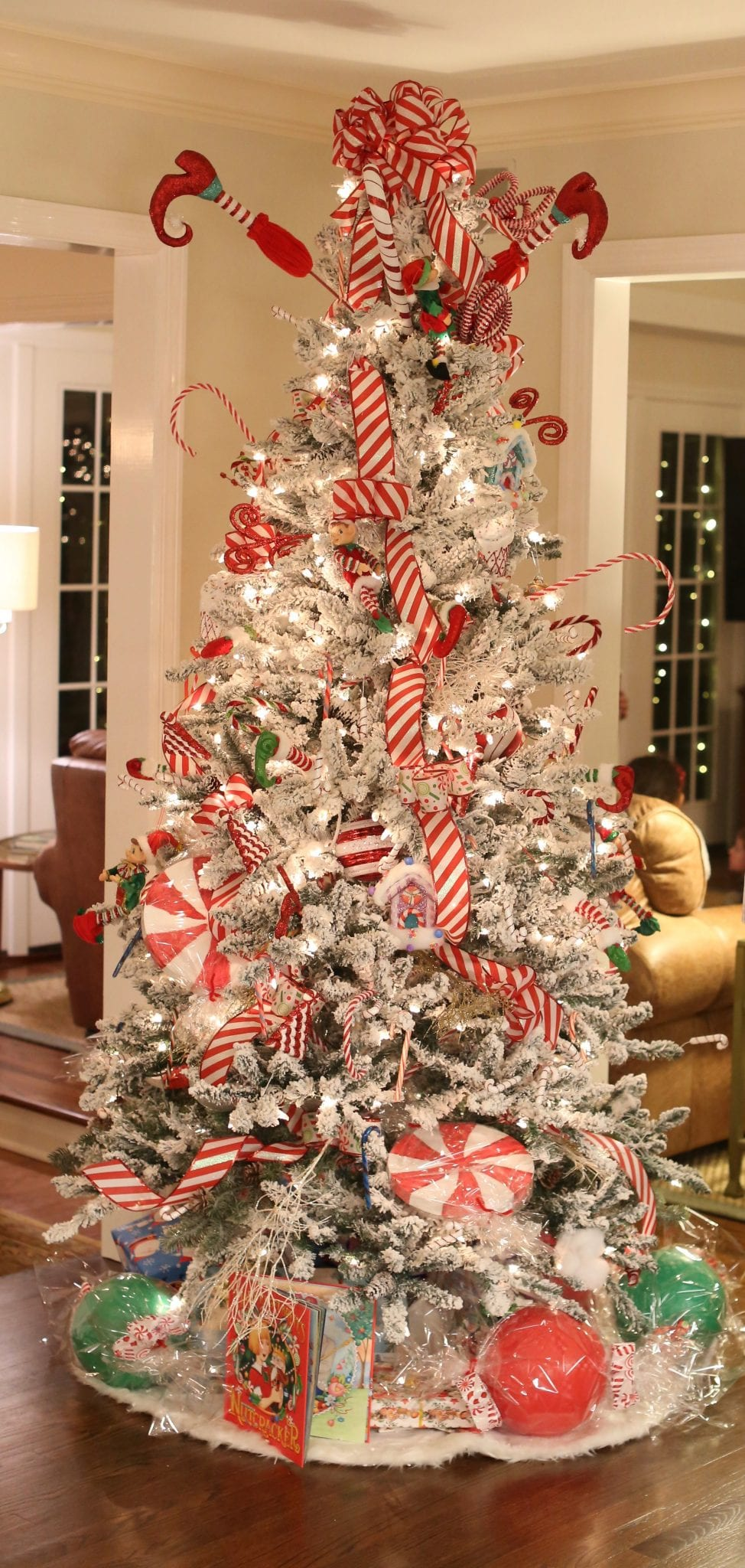 A Guide To Christmas Decorating Stager Interior Designer